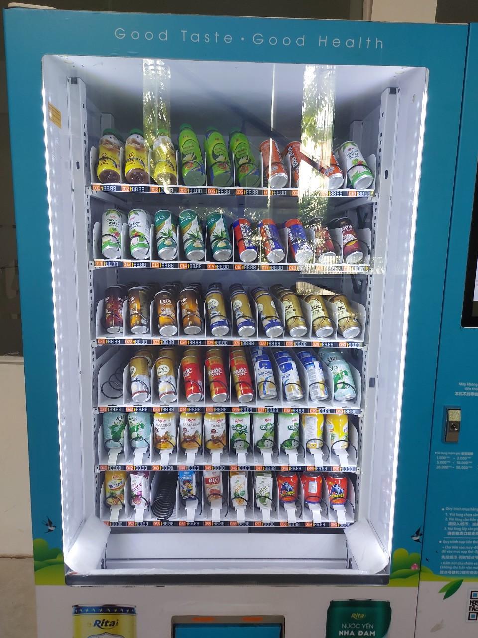 Tủ bán nước tự động có 6 ngăn với 360 sản phẩm