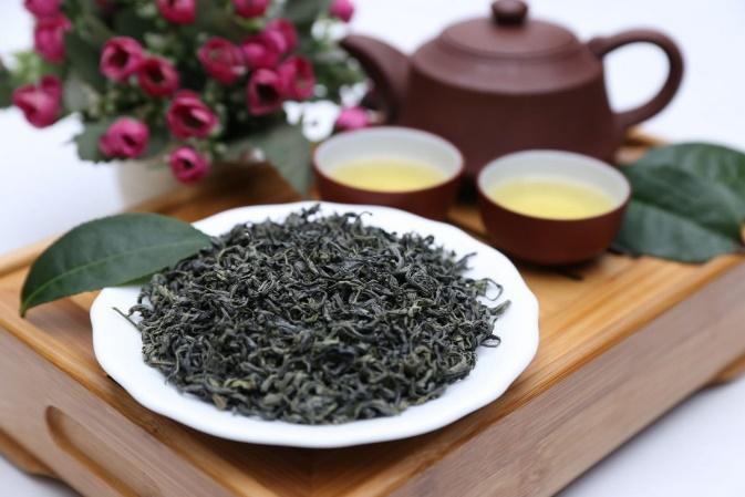 Thưởng thức trà xanh tốt cho sức khỏe